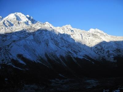 langtang mountain range