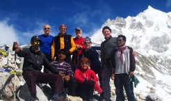 Circuit Trekkers along with Sherpas