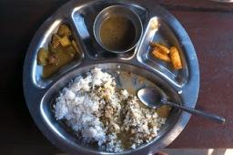 dal bhat himalaya