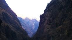 manaslu canyon