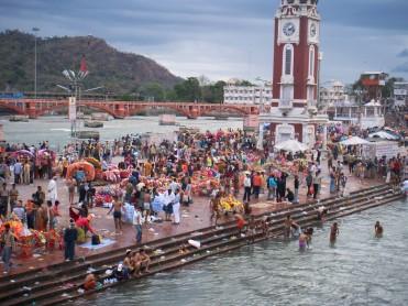 Devotees taking a bath at Rishikesh, Haridwar during Shivaratri