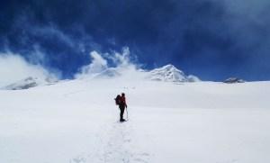 A climber attempting Mera peak climb