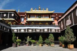 Jokhan Temple Complex in Lhasa
