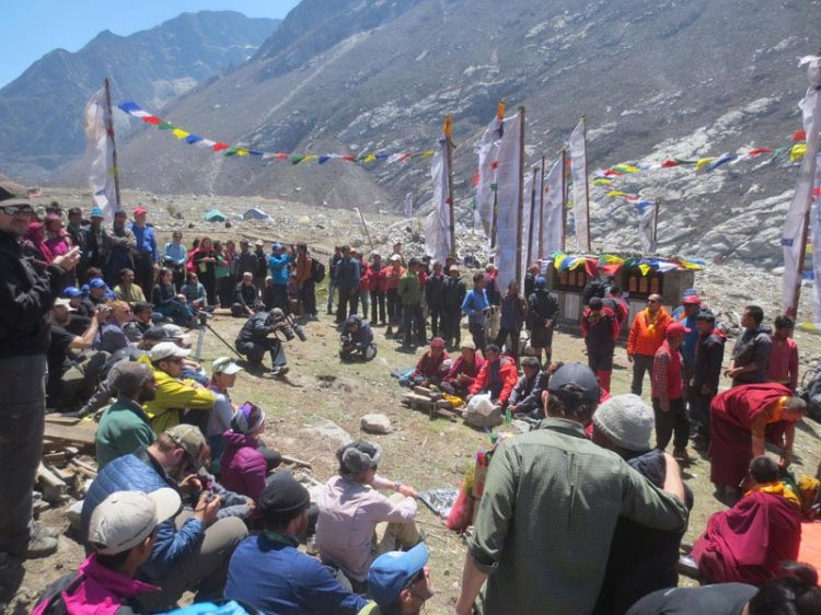 Langtang mourns quake victims