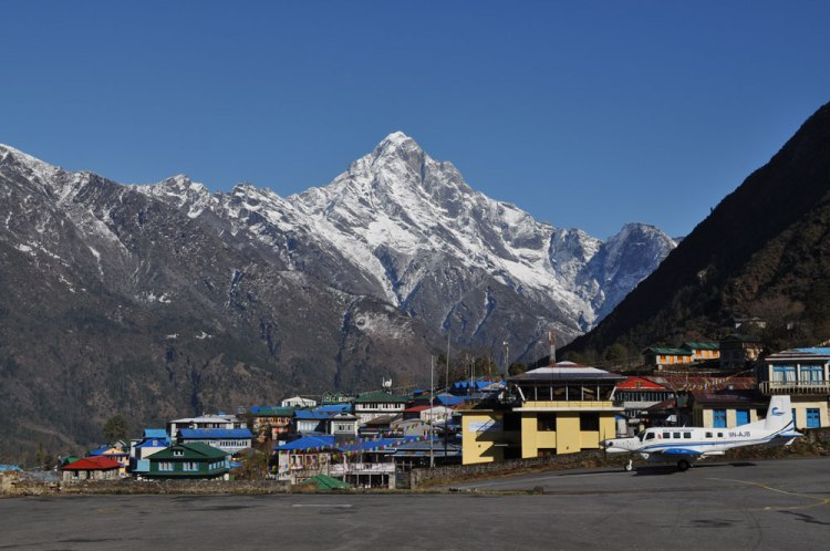 lukla airport everest base camp