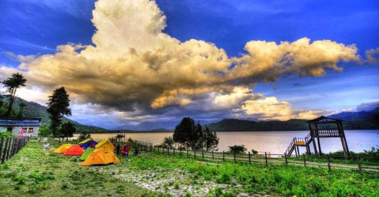 rara lake autumn trek nepal